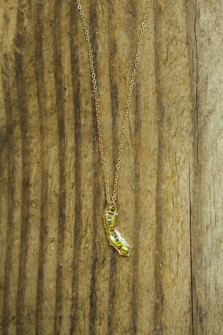 California Shell Pendant Necklace