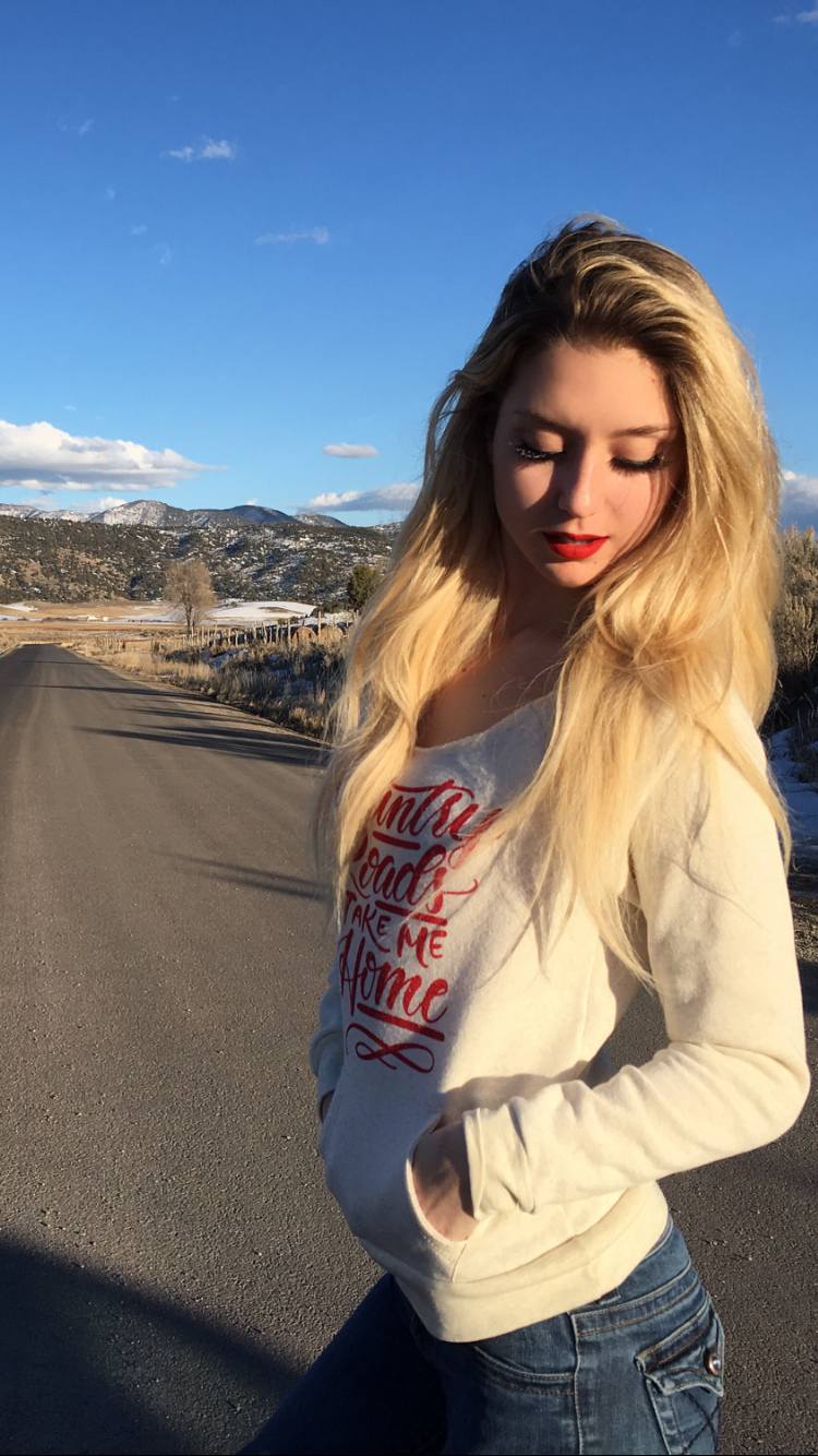 Country Roads Take Me Home | Off-the-shoulder Sweatshirt