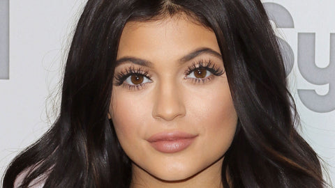 Kylie Jenner Eyes Eyelash Extensions