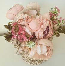 Load image into Gallery viewer, Pink Handbag Flowers