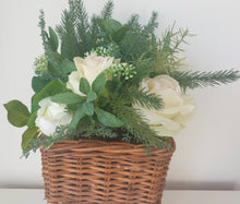 Load image into Gallery viewer, Cream Rose Planter