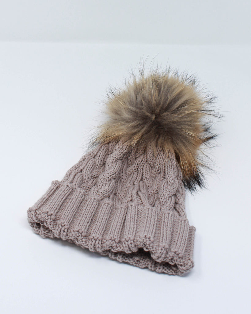 "<b>Lindo F</b><br><font size = ""+1"">Cable Knit Hat - Latte</font>"
