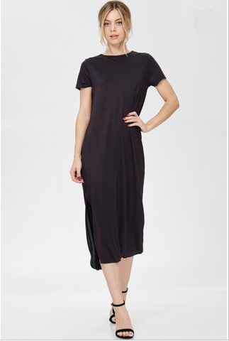 "<b></b><br><font size=""+1"">Side Slit T-Shirt Dress</font>"