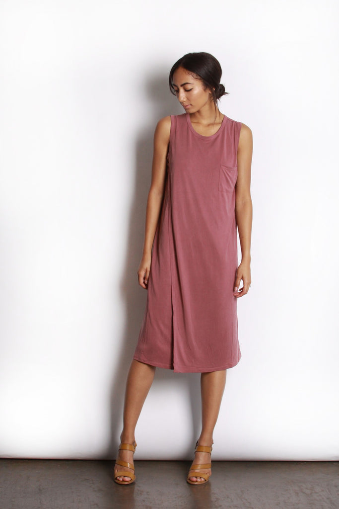 "</b><br><font size=""+1"">Willa Dress</font>"