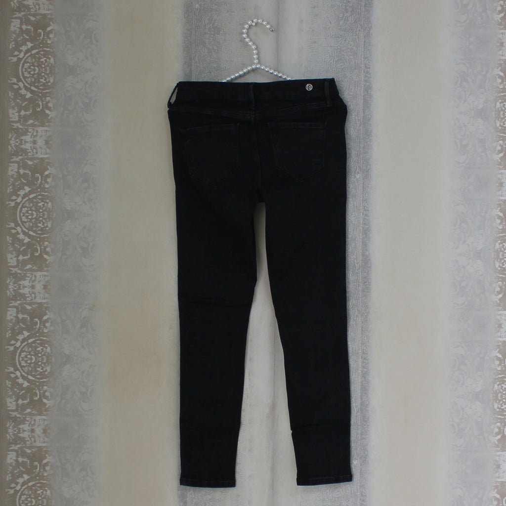 Black Molly jeans