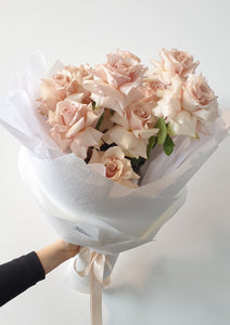 Pastel pinks reflexed rose bouquet