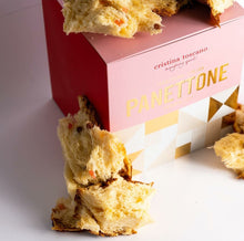 Load image into Gallery viewer, Traditional Italian Panettone 900g