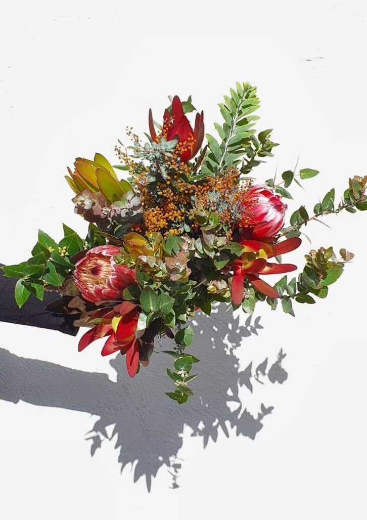Premium mixed native posy