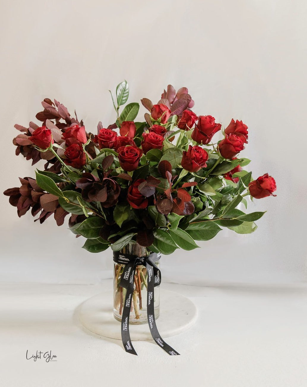 The classic red rose large vase