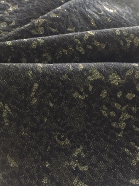 Pale Gold Lurex on Black Jacquard