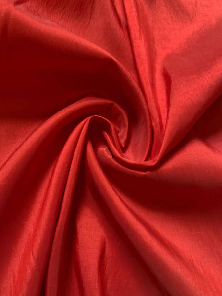 Vermillion textured Taffeta - Deadstock fabric on AmoThreads