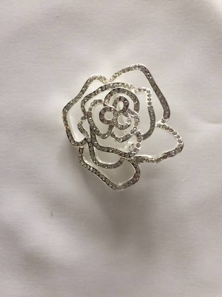 Rose Crystal brooch - 5cm wide - Deadstock fabric on AmoThreads