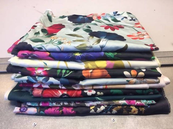 Ex fabric samples bundle - Prints - Deadstock fabric on AmoThreads