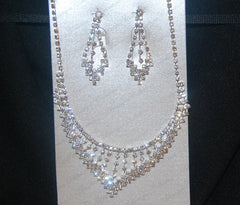 "18""  Crystal Paved Bar Bib Necklace Set"