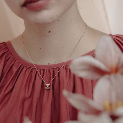 Rose Gold Trillium Flower Necklace