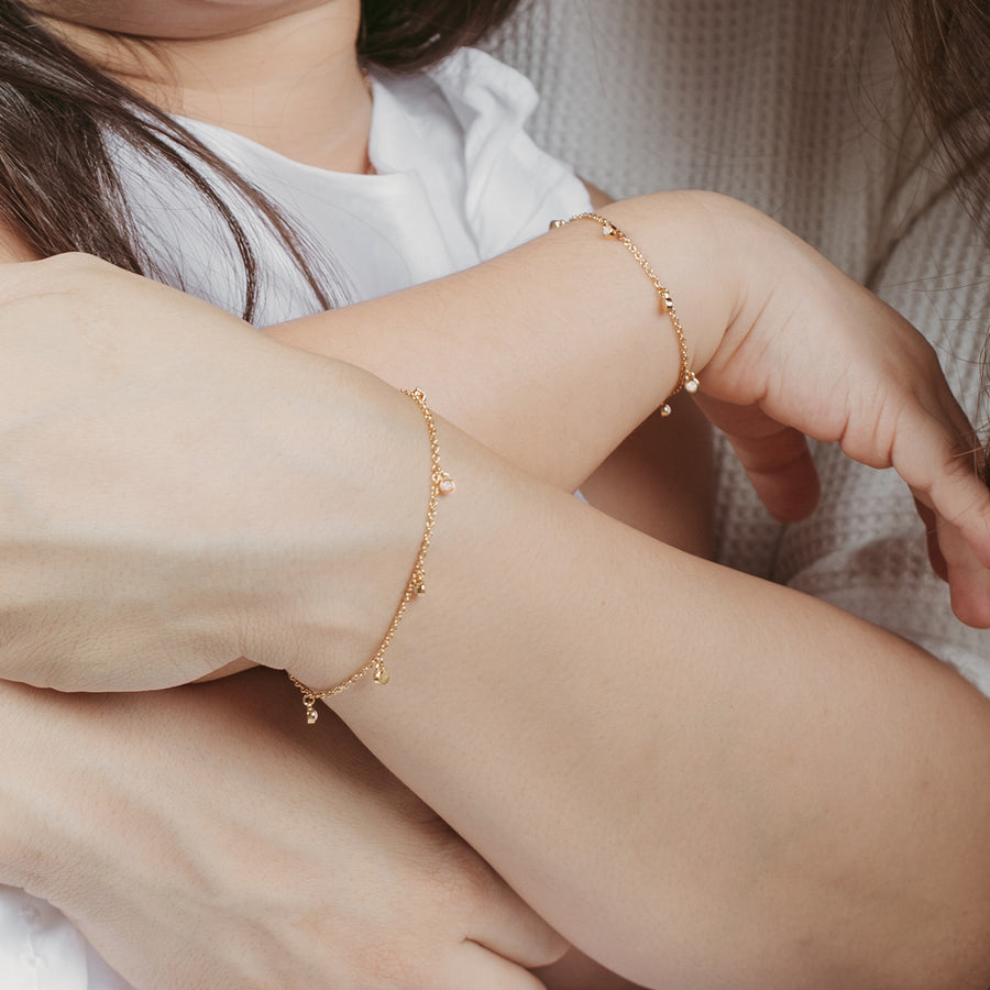 Gold Mommy and Me Leanne Bracelet Set