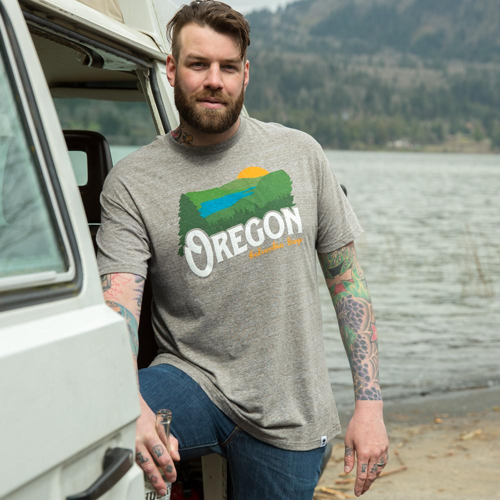 Oregon Columbia Gorge Vintage | Adult T-Shirt