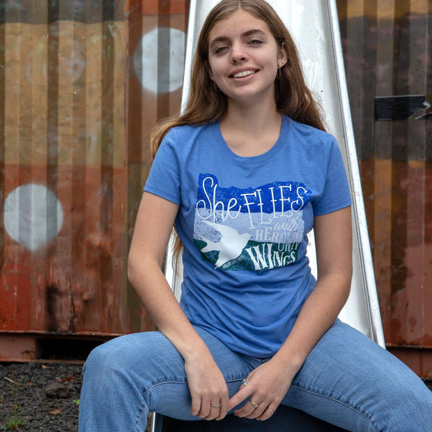 She Flies with Her Own Wings   Women's Crewneck T-Shirt 1