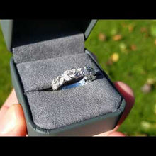 "Load and play video in Gallery viewer, Artcarved ""Florence"" Antique Style Diamond Band Featuring Leaf And Scroll Details"