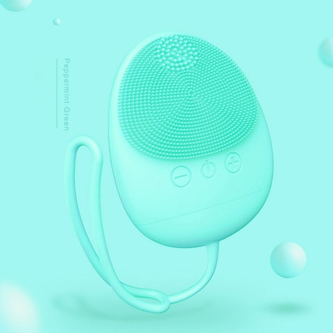 High Quality Facial Cleansing Brush - charging
