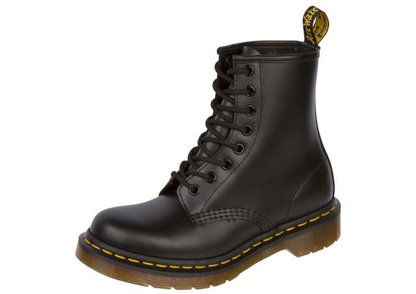 Dr Martens 1460 Black Smooth Angle 1