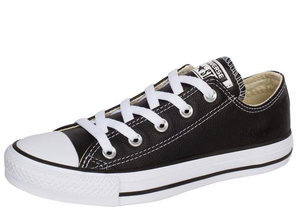 Converse Chuck Taylor All Star Lo Leather Black Angle 1