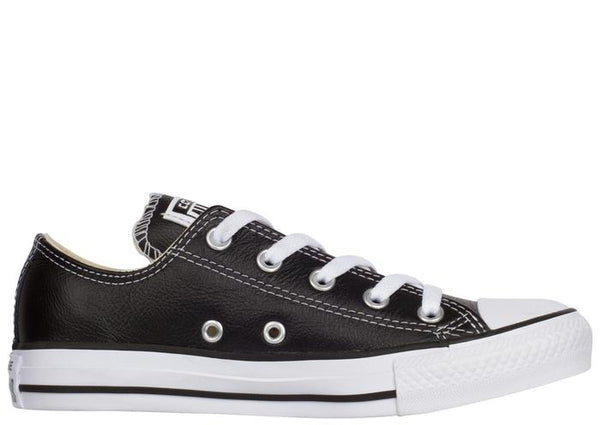 Converse Chuck Taylor All Star Lo Leather Black Angle 3