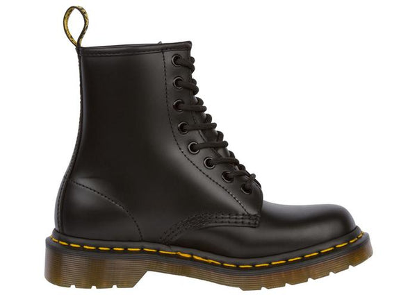Dr Martens 1460 Black Smooth Angle 3