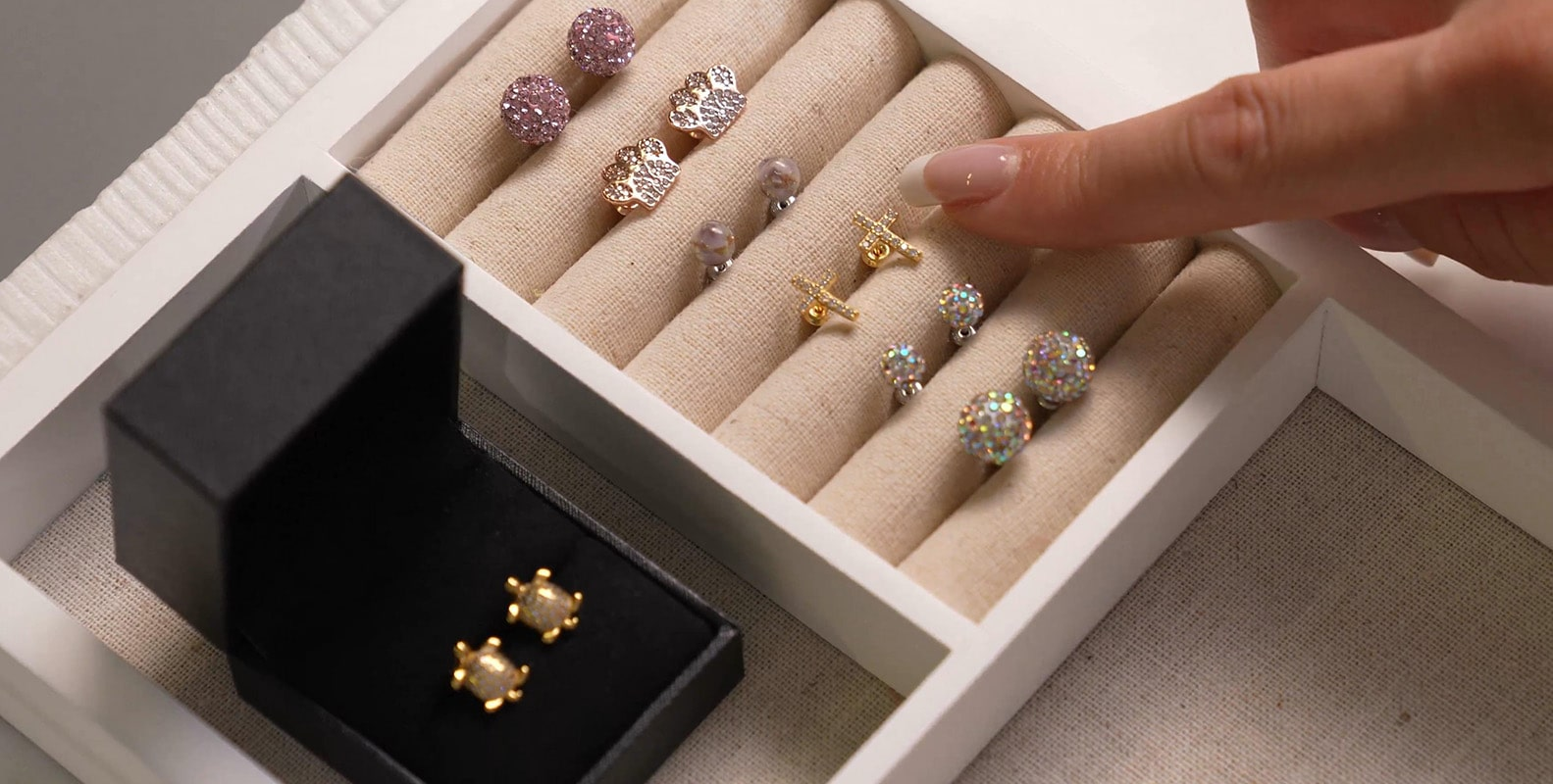 NOGU Earring Stacking How-To Official Guide