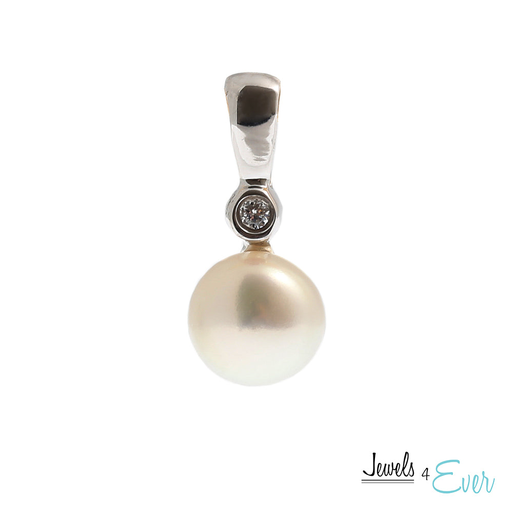 Sterling Silver Cultured Pearl and Cubic zirconia Pendant