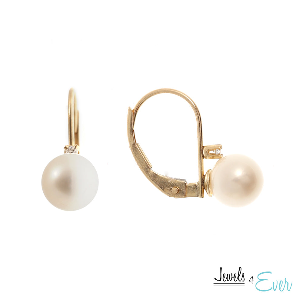 10kt.Yellow Gold Genuine Cultured Pearl and Diamond Lever Back Earrings