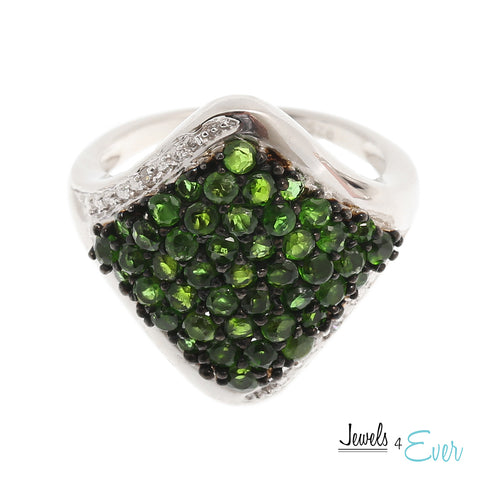 Sterling Silver Ring set with genuine Chrome Diopside