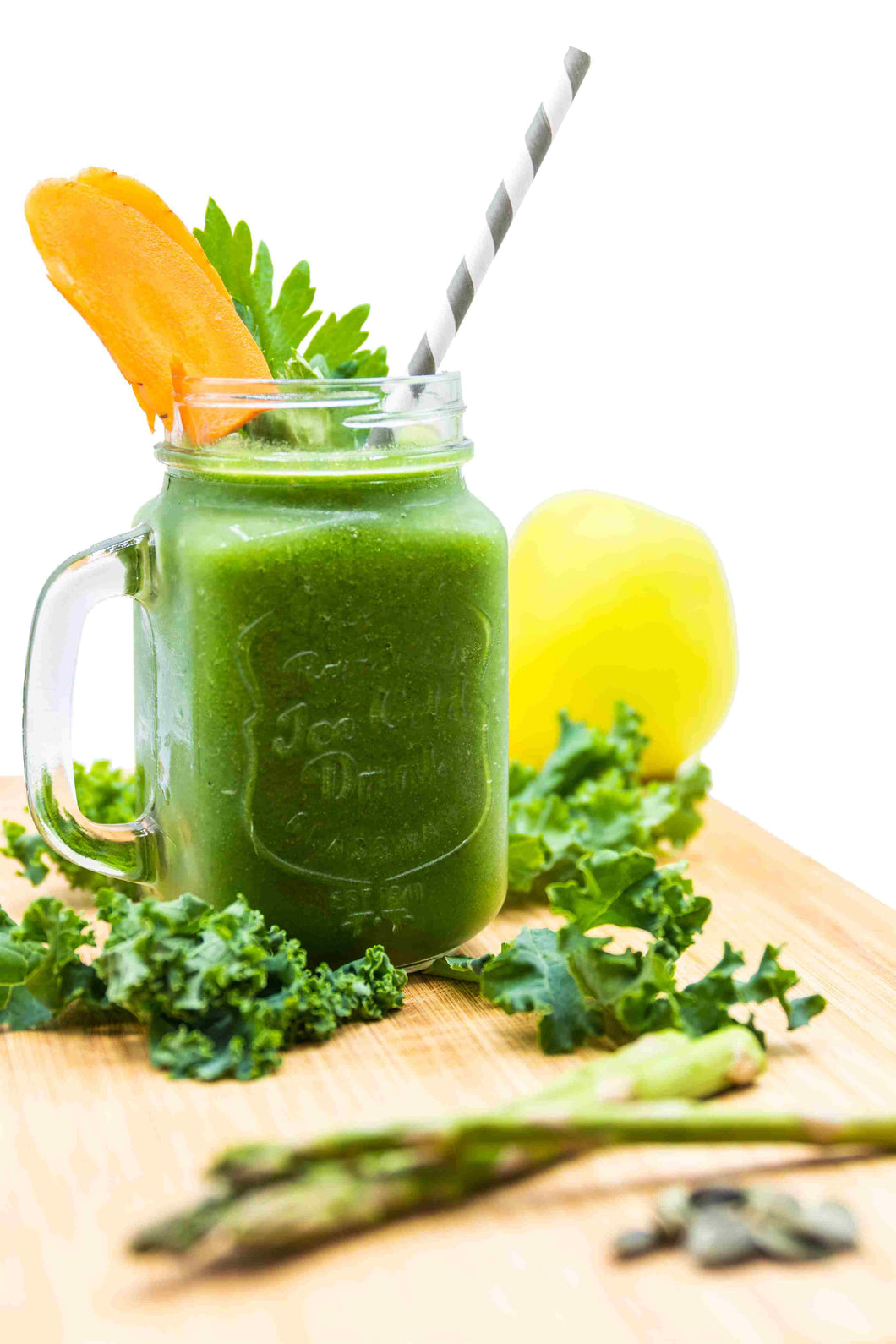 With this super green vegetable-packed smoothie, you'll enjoy intense, original flavours with plenty of fibre and nutrients.  Your digestion system will love you all day.  Nourishing greens will help with weight loss while carrots improve the complexion of your skin, and pumpkin seeds will provide extra protein.
