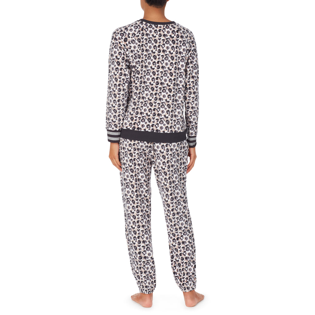 DKNY- Soft Plush Jogger set in Leopard
