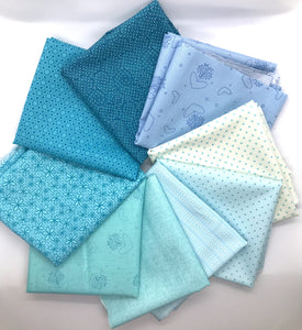 Red Rooster Basically Hugs Blue / Turquoise Collection Fat Quarter Bundle
