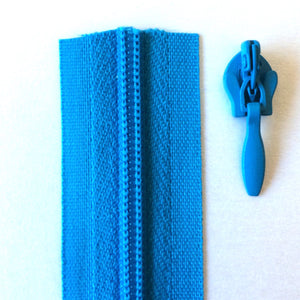 Turquoise Continuous Zipper Roll, Invisible / concealed, Size 3
