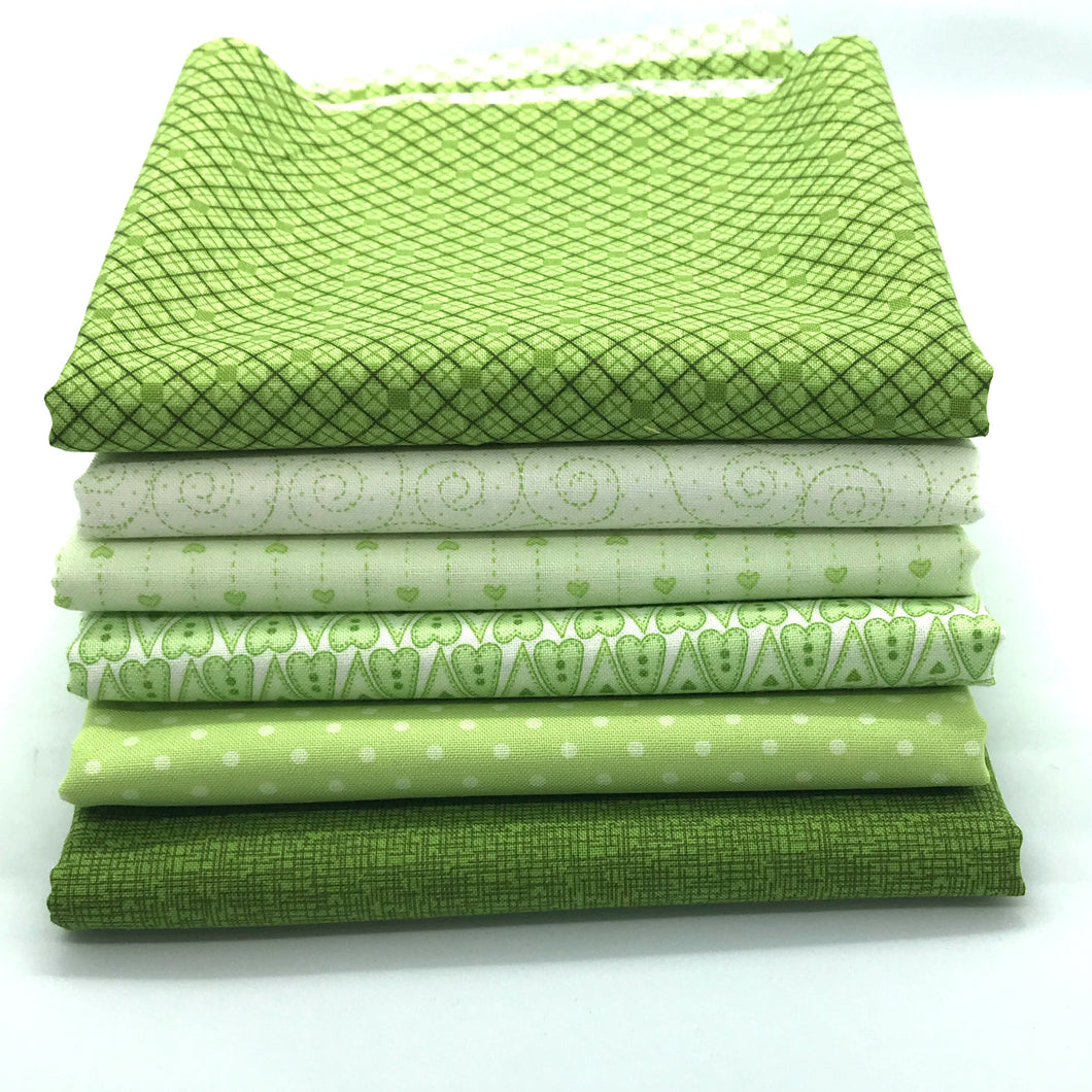 Red Rooster Basically Hugs Green Collection Fat Quarter Bundle