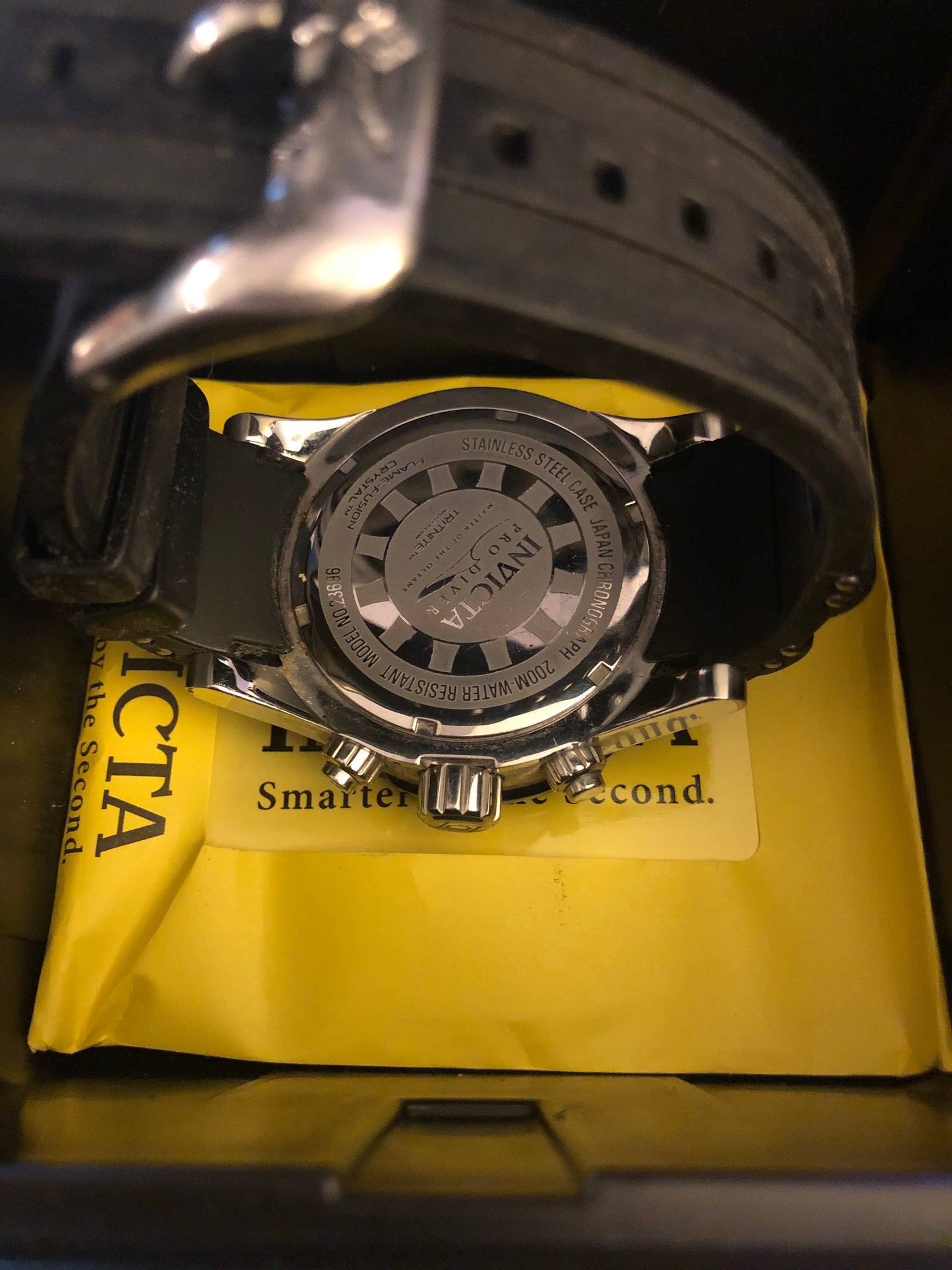 6c2128995 ... Load image into Gallery viewer, Pre-owned Invicta Men's Pro ...