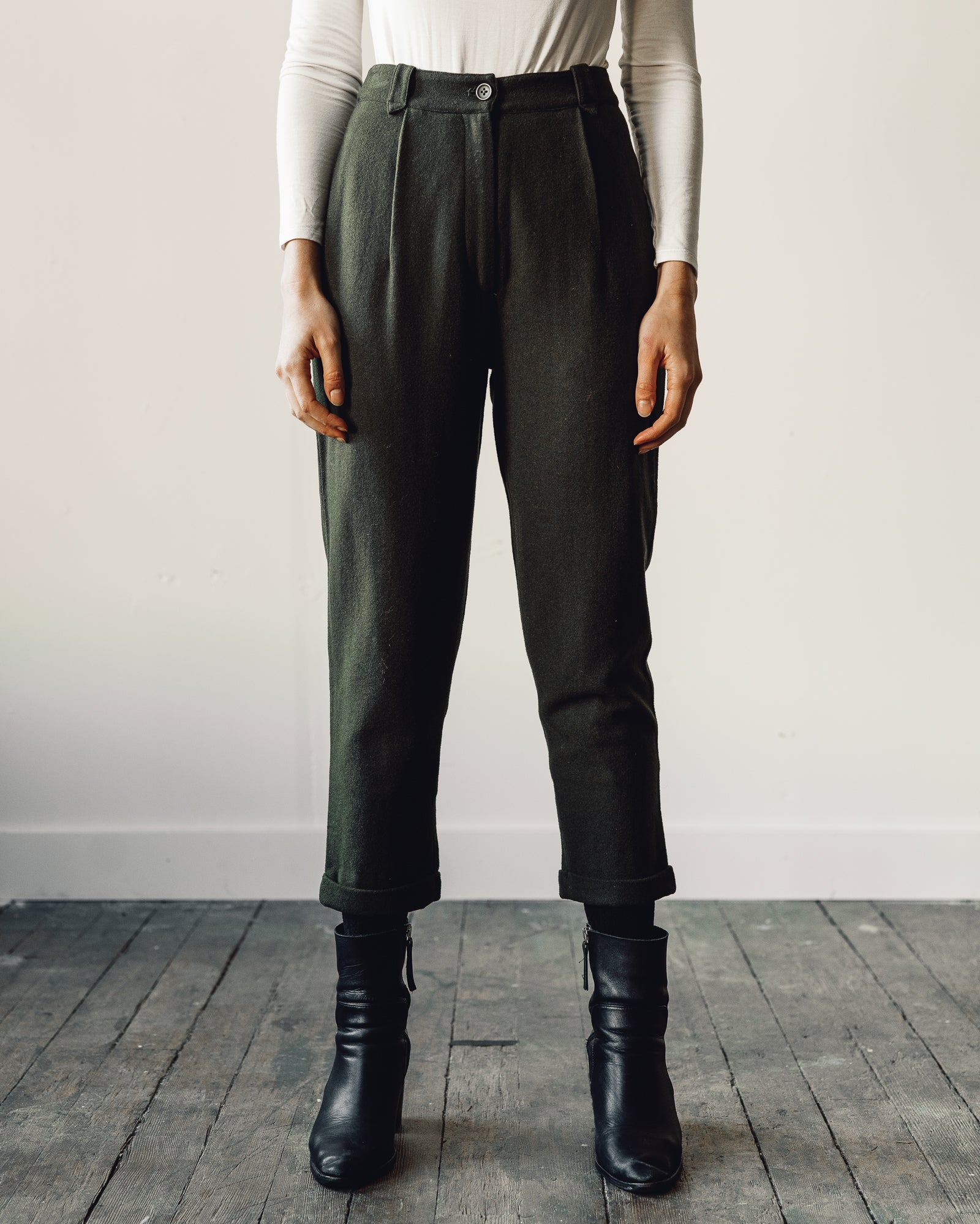 7115 Wool Cropped Trouser, Olive