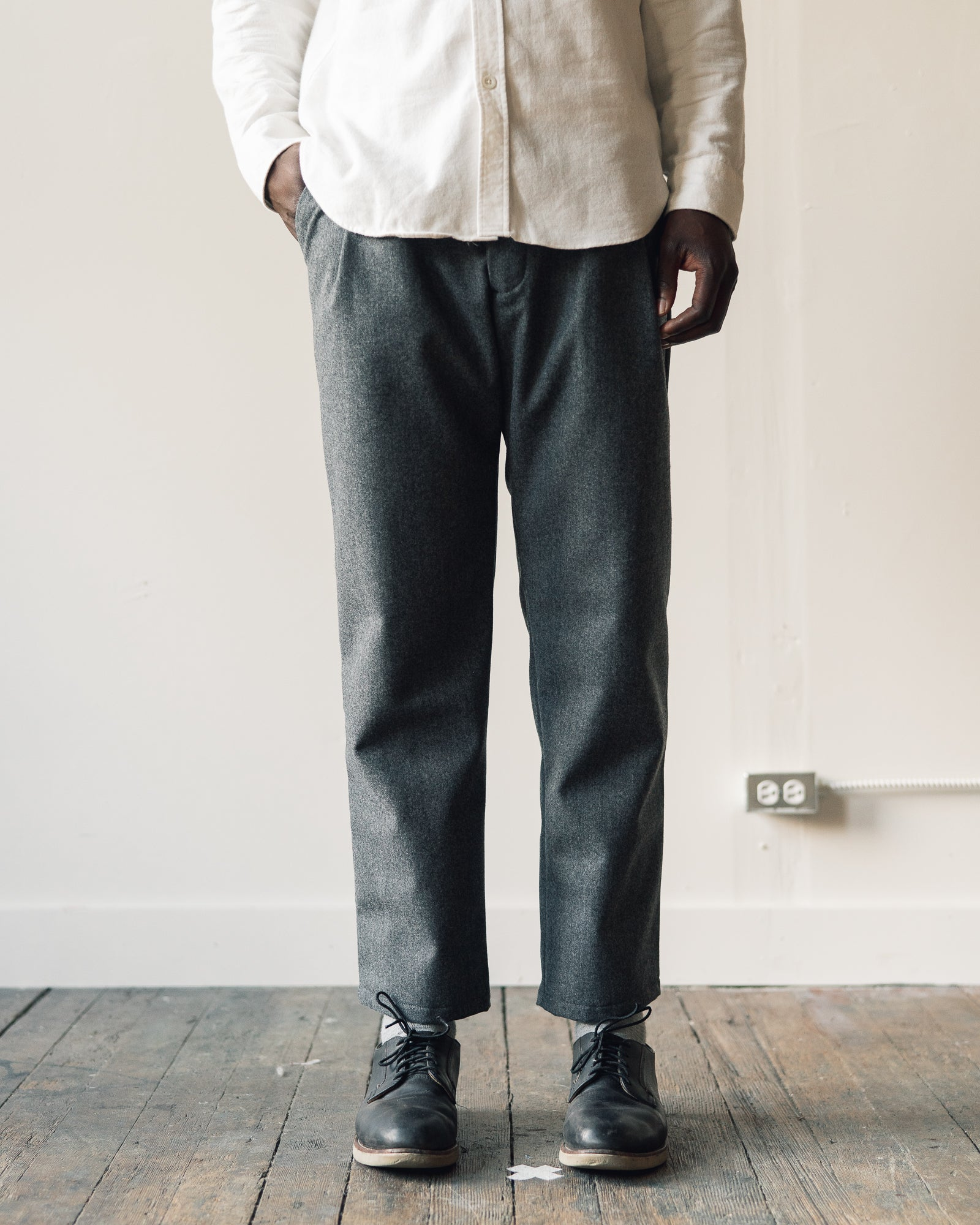 Arpenteur Service Trousers in Wool, Grey