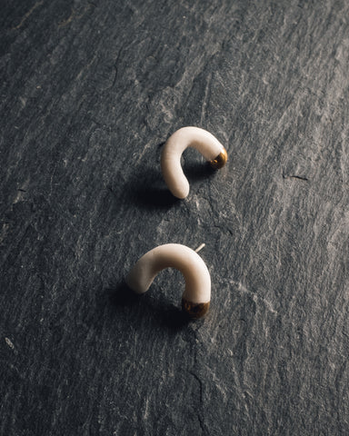 Barrow Arcsin Stud Earrings