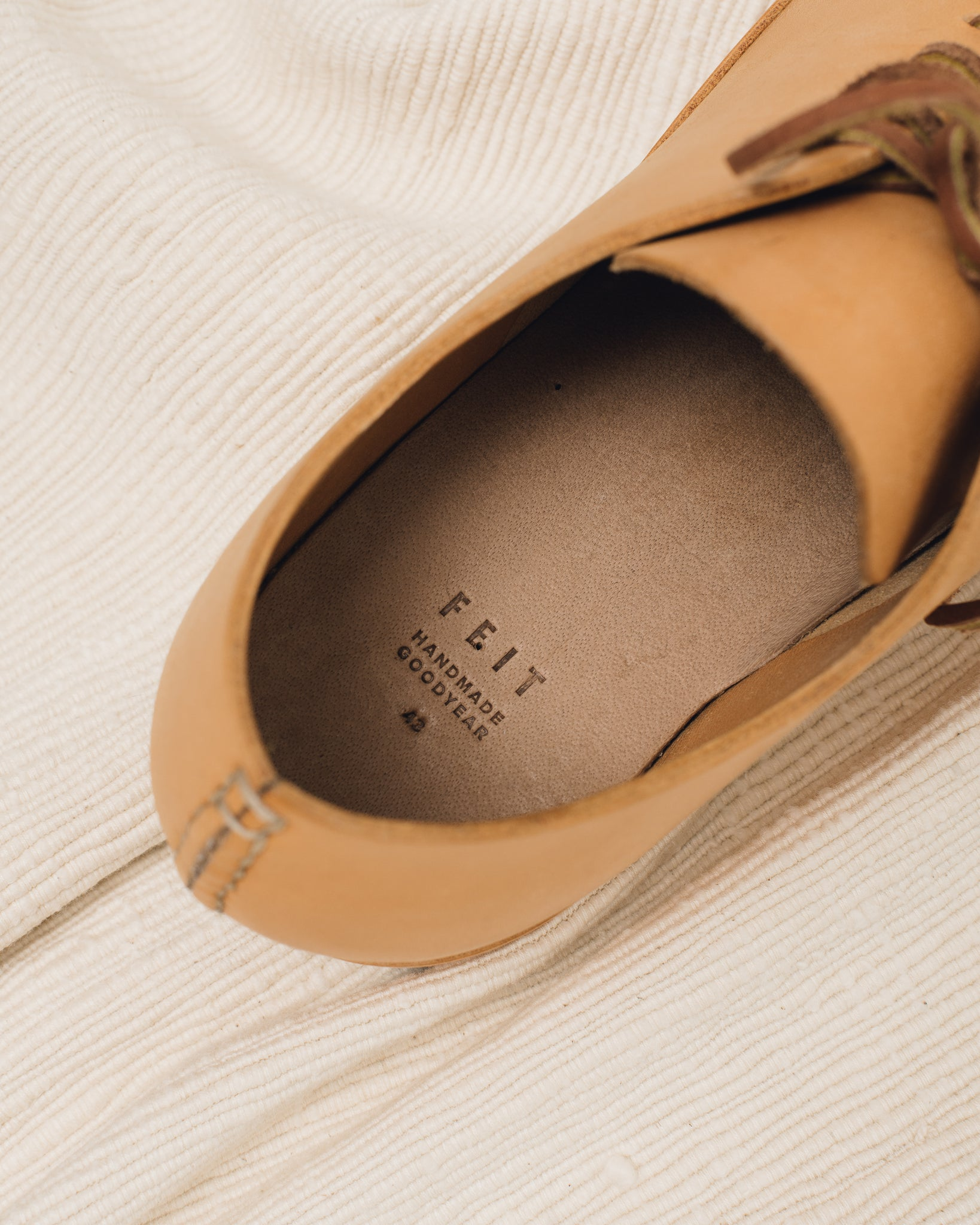 Feit Hand Sewn Low Natural, Mens
