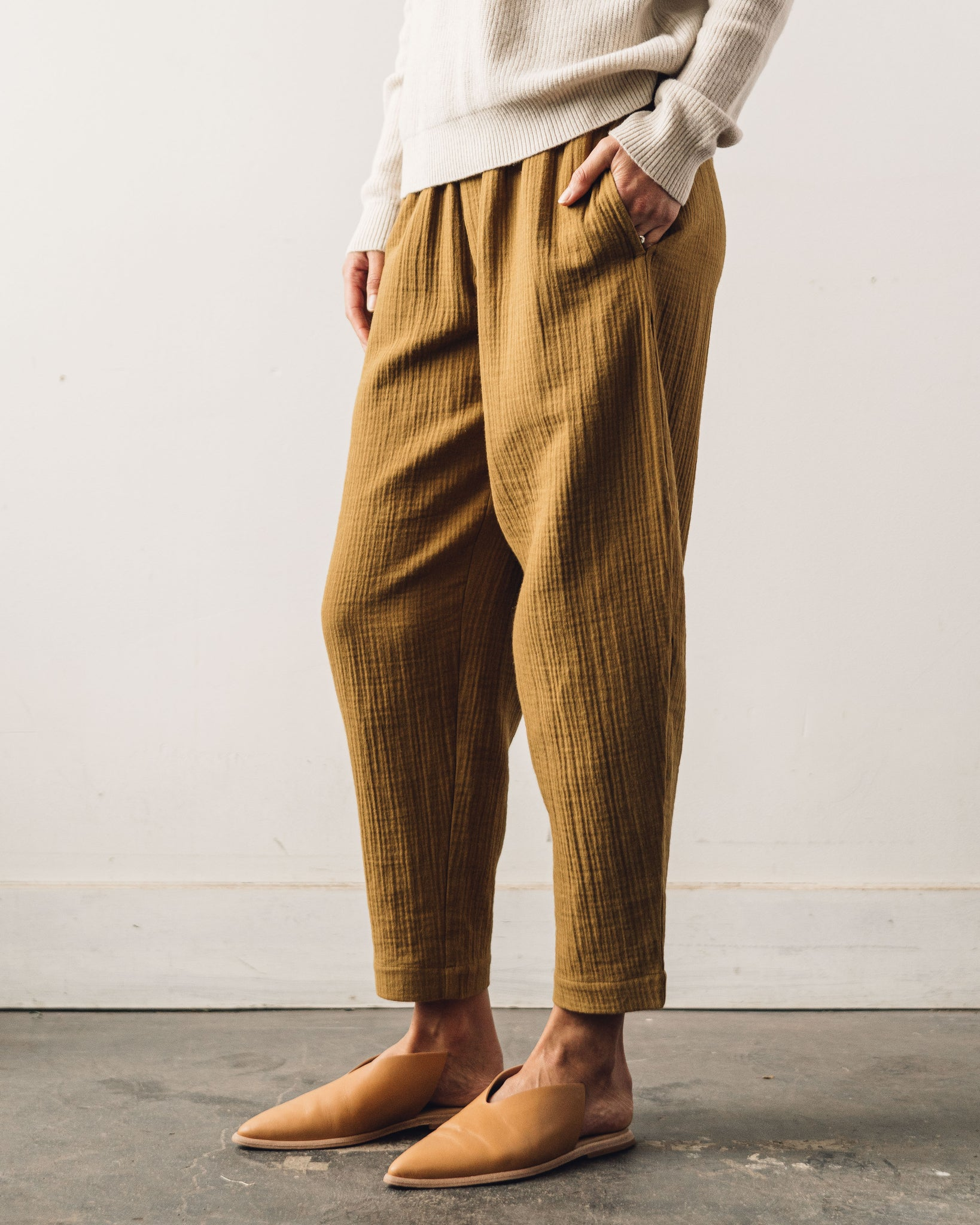 7115 Elastic Pull-up Trouser, Bronze