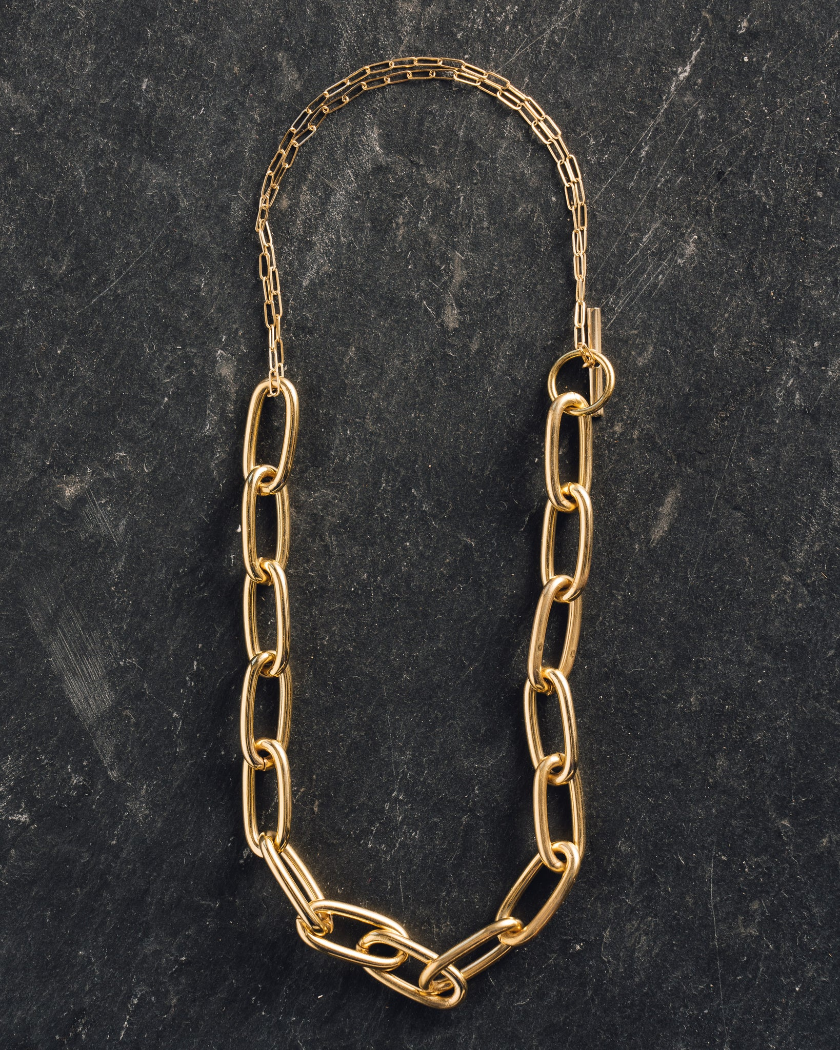 Maslo Oval Chained Necklace