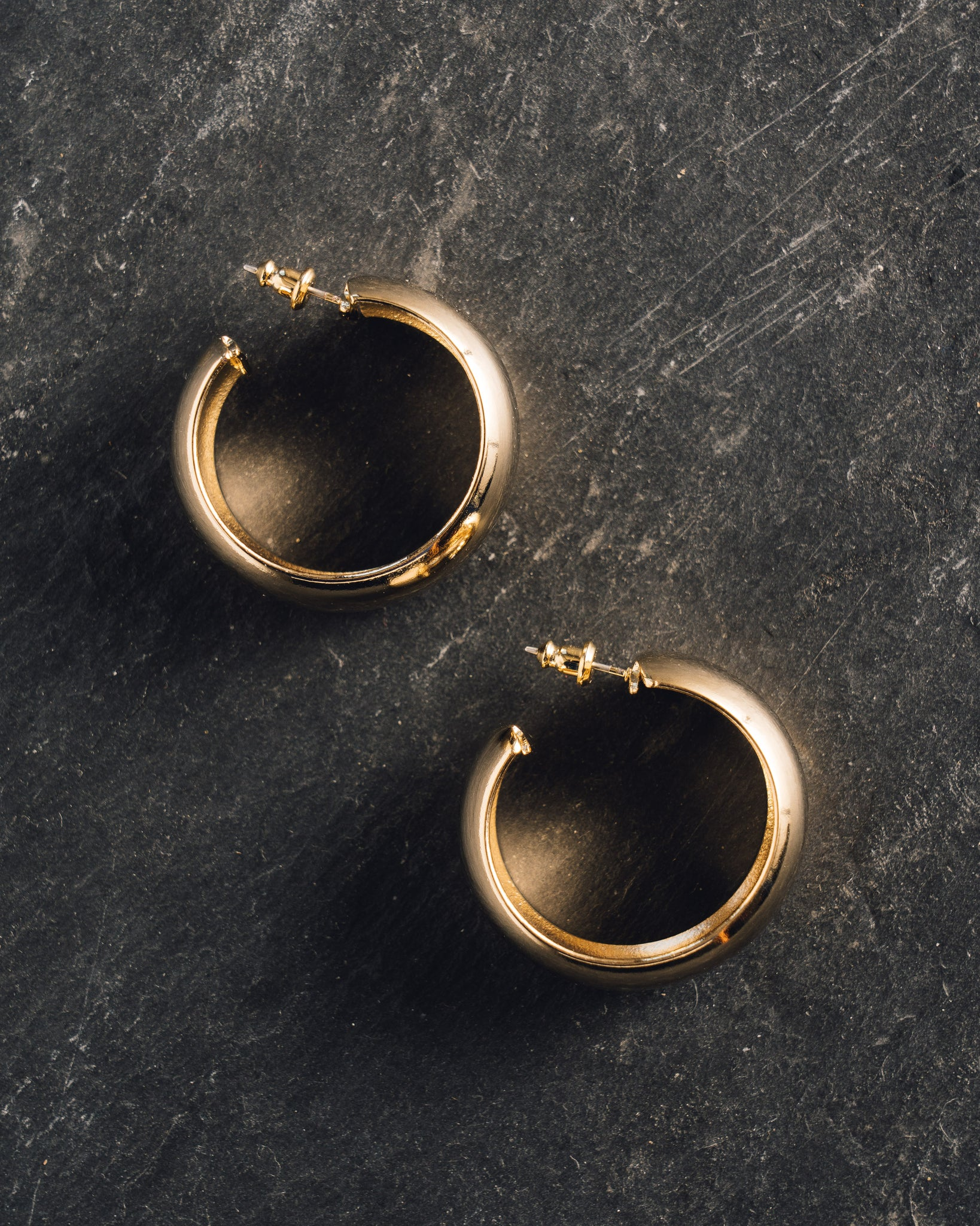 Maslo Domed Hoop Earrings