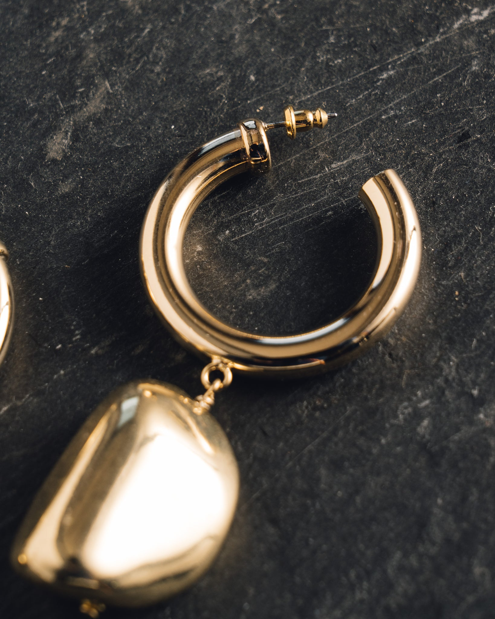 Maslo Gold Hoop Formless Earrings