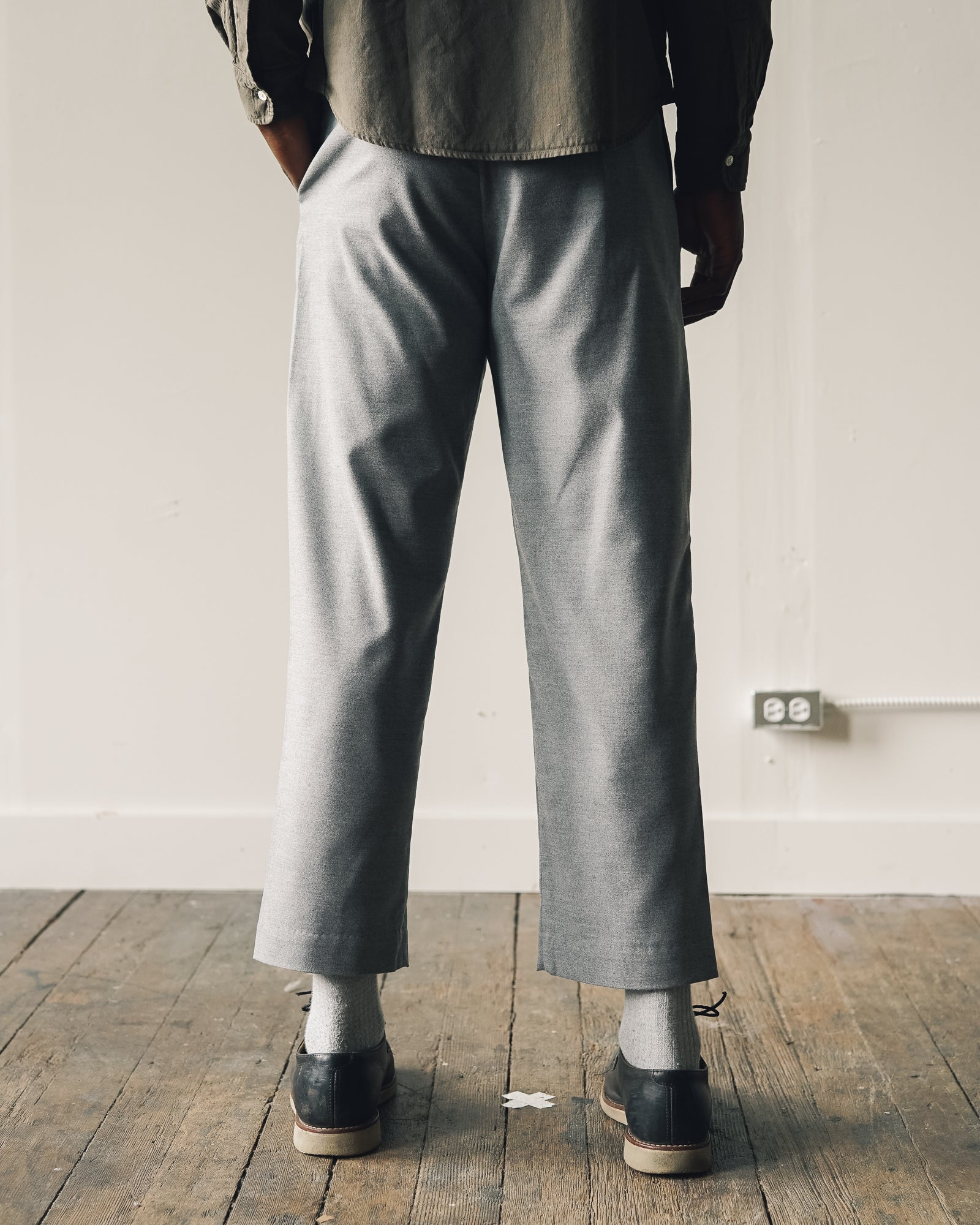 Older Brother Pleated Trouser in Wool, Grey