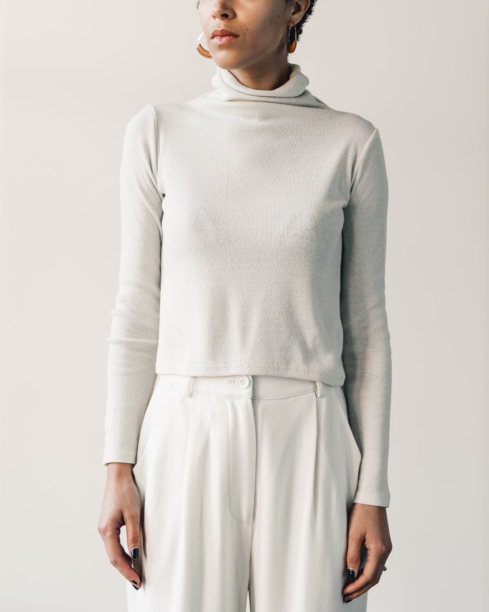 Ozma Marianne Turtleneck, Natural