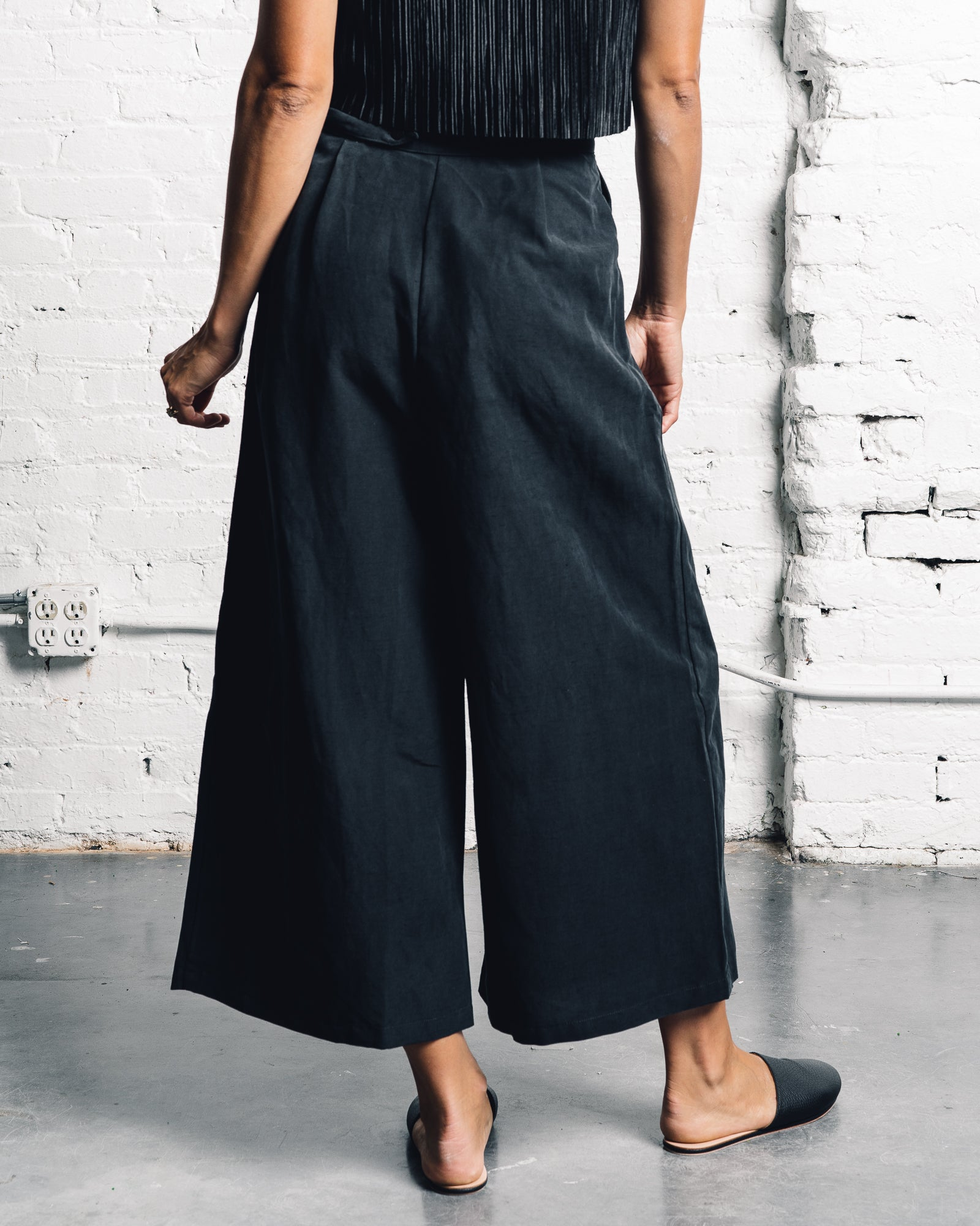 Ozma Studio Pant, Black