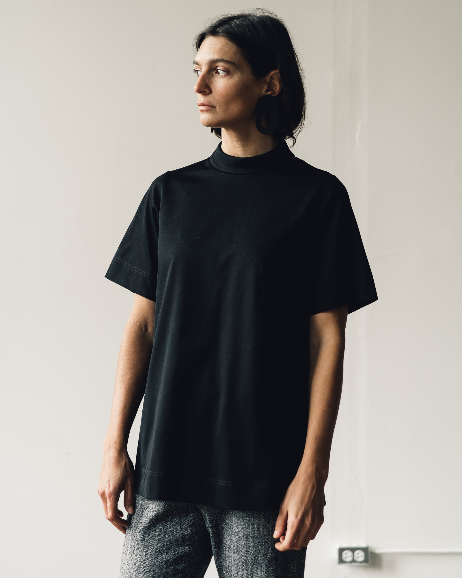 Samuji Yoru Top, Black